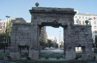 20070921213154-zaragoza-puerta-del-carmen-2.jpg