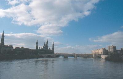 20071110224750-rio-ebro-puente-de-piedra-y-torres-de-n-s-del-pilar-de-zaragoza.jpg