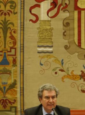 20080618221446-ministro-cultura-cesar-antonio-molina.jpg