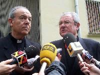 20080703225347-obispos-milian-y-salinas-jpg.jpg
