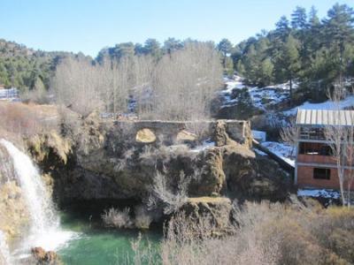 20110311120655-copia-de-molino-de-san-pedro-y-acueducto.jpg