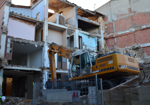 20121202212659-hotel-latorre-escombros-1-.png