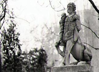 ¿Qué fue del Centauro Quirón?, por Rafael Castillejo