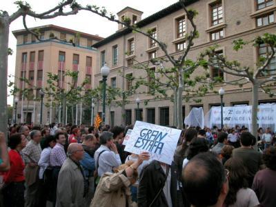 Hoy la cadena humana hacia el Pignatelli: Stop Gran Scala