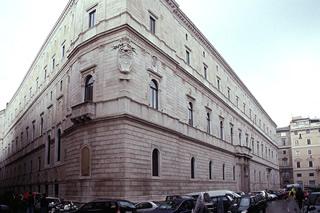 20080514180046-palazzo-della-cancelleria.-roma-jpg.jpg