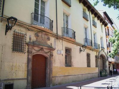 APUDEPA pide a la Diputación General el cese cautelar de los derribos en la Casa del Canal o palacio de Tarín