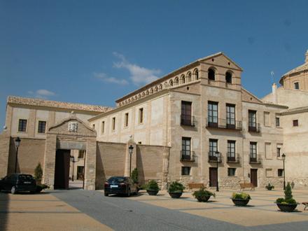 """""""Bureta no capitula"""", discurso de recepción del Premio APUDEPA 2008 al palacio de Bureta"""