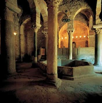Des-Restauración del baptisterio de San Miquel de Tarrassa de Puig i Cadafalch  (1867-1956)