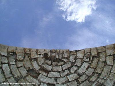 APUDEPA pide la asunción de responsabilidades por el derrumbe del ábside de San Miguel de Abós