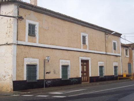 Acciones solidarias II. Petición de firmas a favor de la casa del Gallego en Tomelloso (Ciudad Real)