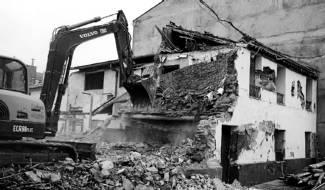 Consumado el derribo de la casa de Francisco Pradilla en Villanueva de Gállego. Un acto de barbarie impulsado desde la administración.